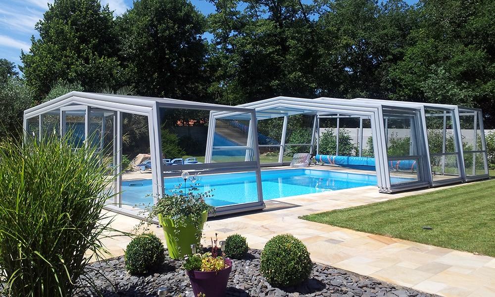 Hohe Poolüberdachung (Poolhalle) Discret - Saint-Hilaire-de-Riez, Frankreich